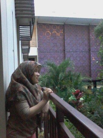 Luta Resort Toraja: Beranda kamar
