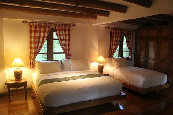 Chiangkham Luang Resort: ห้องพักในบ้านหลังใหญ่ บรรยากาศอบอุ่น