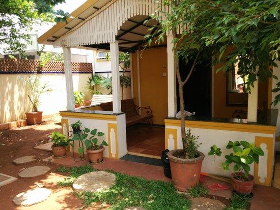 Casa Cottage: Front room