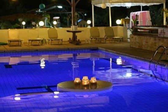 Lucky Hotel Apartments : Pool at the event