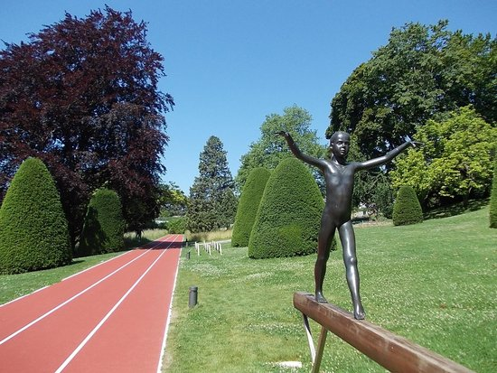Olympic Museum Lausanne (Musee Olympique) : park view