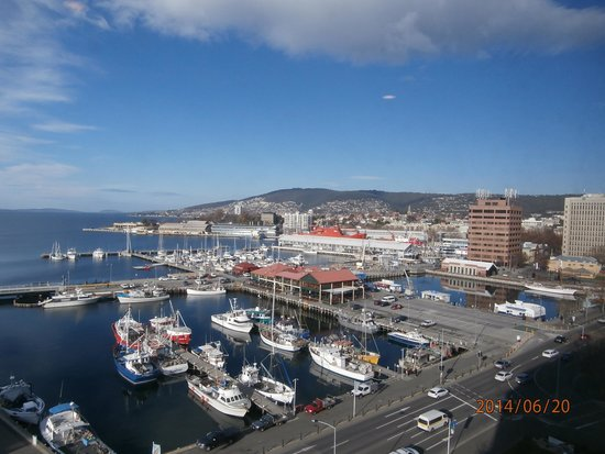 Grand Chancellor Hotel Hobart: Harbour view from hotel room