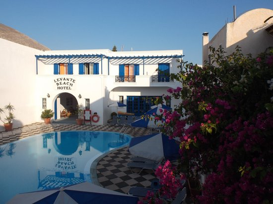 Levante Beach Hotel: It really does look this lovely