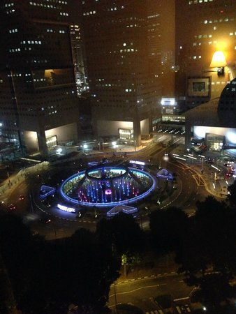 Conrad Centennial Singapore: Nice view of Suntech