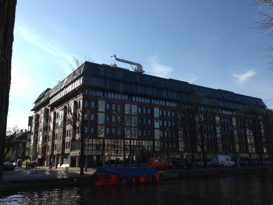 NH Amsterdam Centre: Hotel exterior