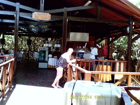 Blau Varadero Hotel Cuba: the beach bar