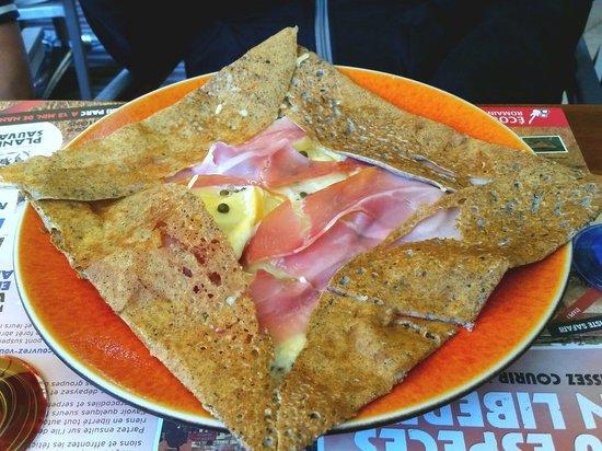 La Gourmandine : La Soubise :crêpe au jambon de serrano,pomme de terre,fromage affiné au vin blanc