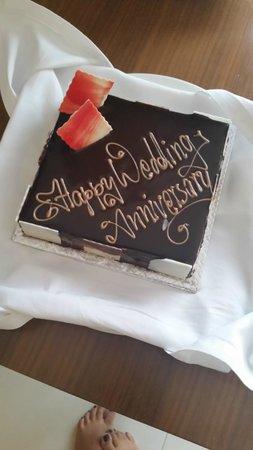 Holiday Inn Cochin : Cake