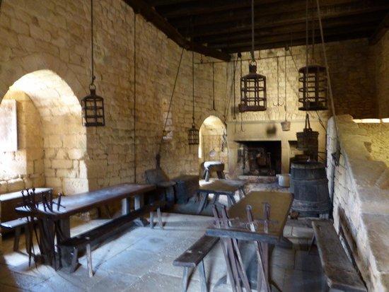 Château de Beynac : eating area