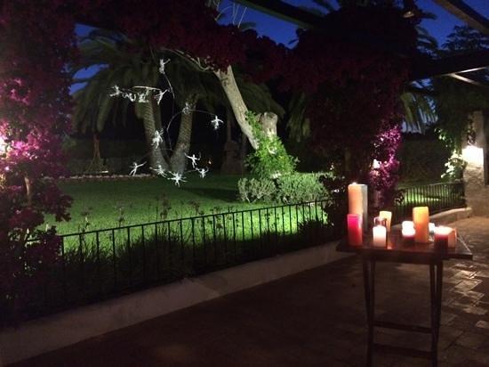 can pau gardens