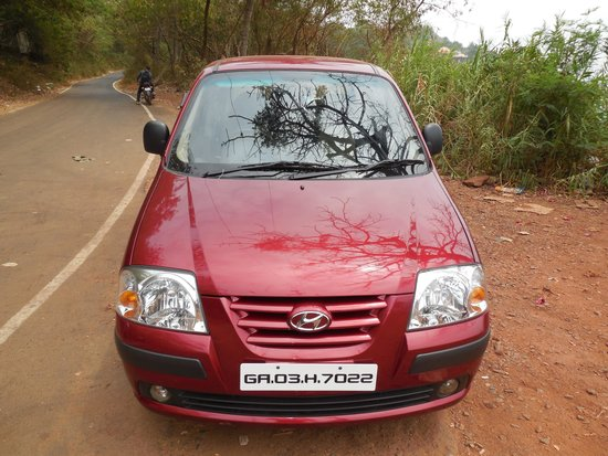 10 Calangute: Rented Car for our tour