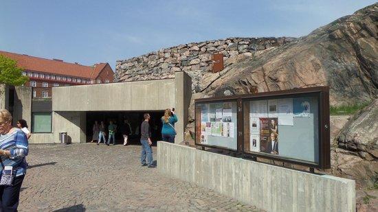 Iglesia de Piedra: Entrada