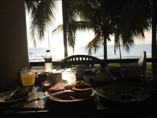 Hyatt Regency Kuantan : for breakfast