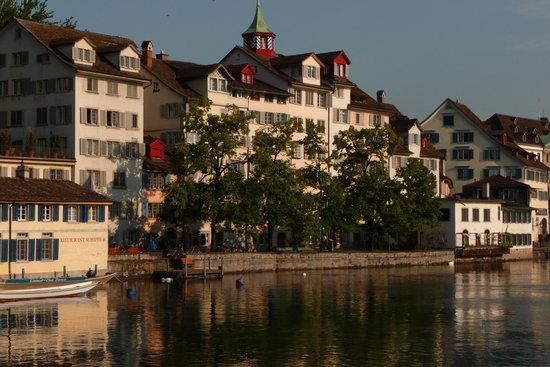 Old Town (Altstadt): Old town Zurich