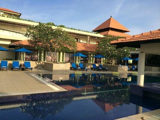 Hyatt Regency Kuantan : pool area