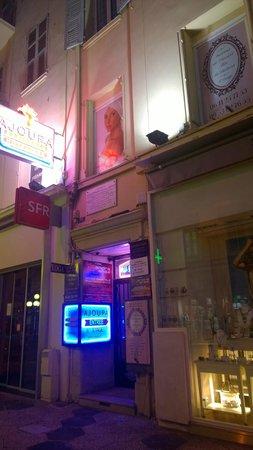 Ajoupa Apart'hotel Nice : Ajoupa hotel entrance
