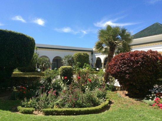 El Mouradi Palm Marina: Patio entrée