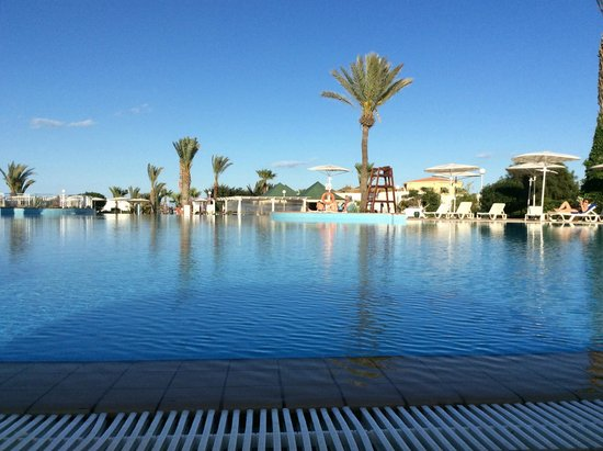 El Mouradi Palm Marina: Piscine sympa mais froide