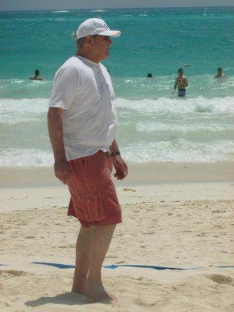 Secrets Maroma Beach Riviera Cancun: Hubby enjoying volleyball