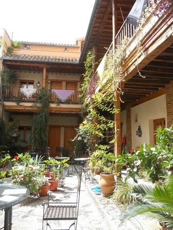 Abadia Hotel Granada : patio