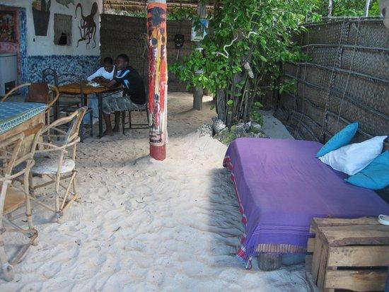 Pweza Beach Bungalows & Kitchen: The Pweza Beach Restaurant & Bar.