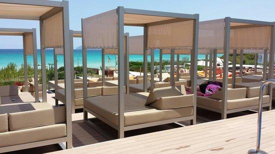 Hotel Viva Bahia: New adult only pool area