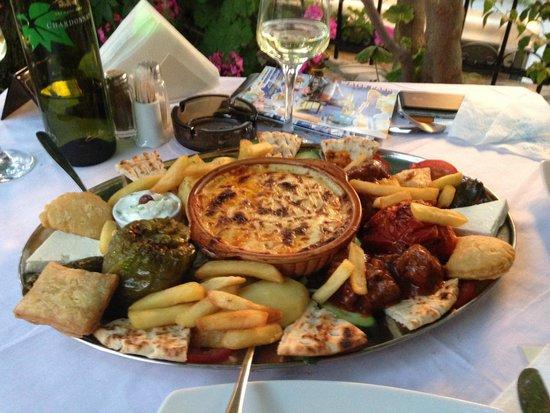Athina : Schoteltje