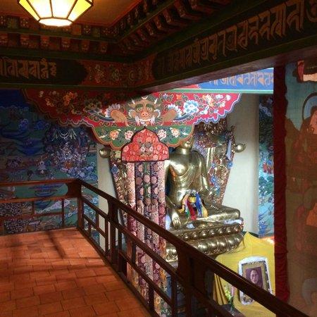 Norbulingka Institute: inside monestary