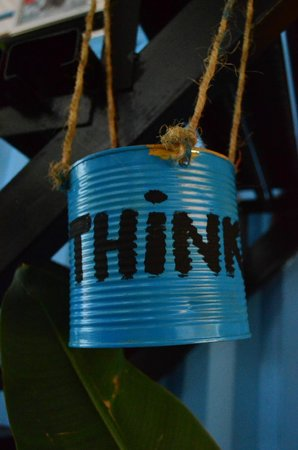 Think & Retro Cafe' Lipa Noi Samui : THINK Concept
