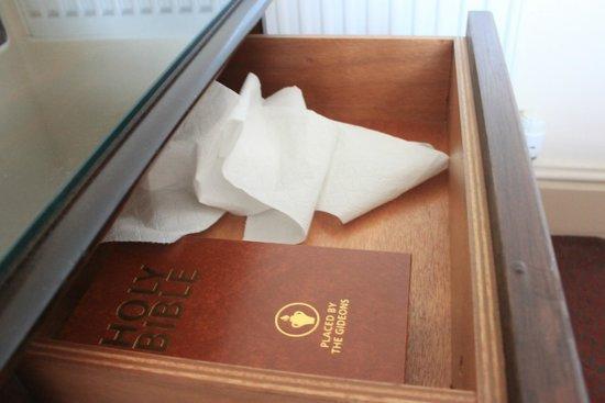 Gleddoch Hotel, Spa & Golf : Not our toilet paper...