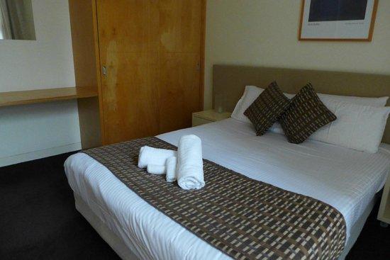 Phillip Island Apartments: Bedroom 1