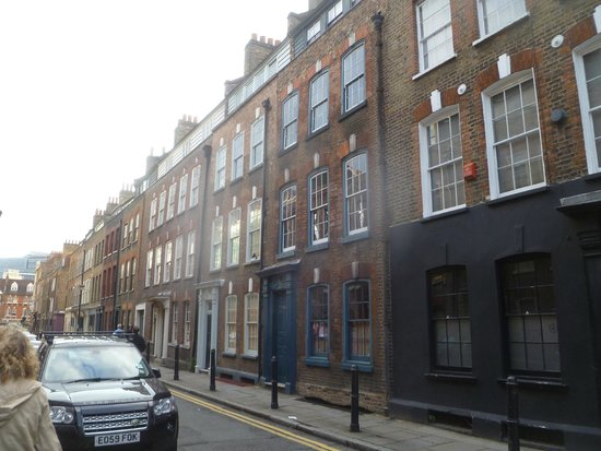 Jack the Ripper Tours : ripper tour - housing