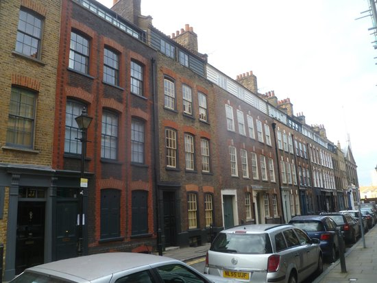 Jack the Ripper Tours : ripper tour - more housing