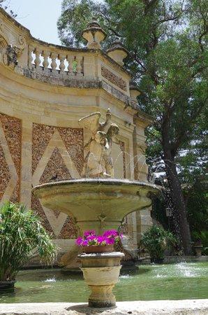 San Anton Gardens: una delle fontane