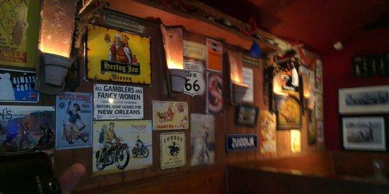 Apres Beach Bar & Grill