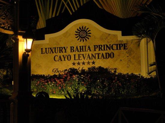 Luxury Bahia Principe Cayo Levantado Don Pablo Collection : Hotelankunft nach Bootsüberfahrt