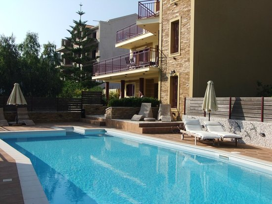 Greka Ionian Suites: We had this all to ourselves on most days!