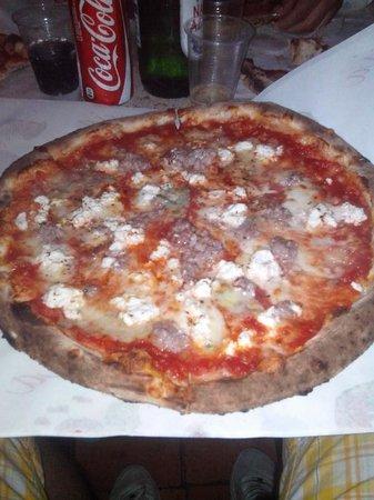 Pulecenella Pizzeria : pizza Vietri sul mare