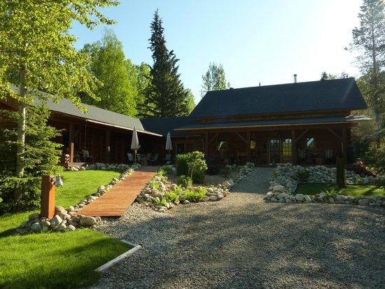 Moul Creek Lodge B & B : House
