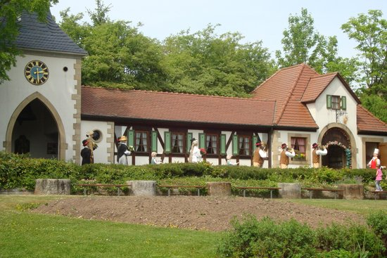 Erlebnispark Tripsdrill: Petite construction caractèristique
