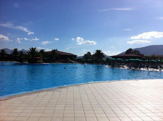 Club Hotel Marina Beach: Piscina