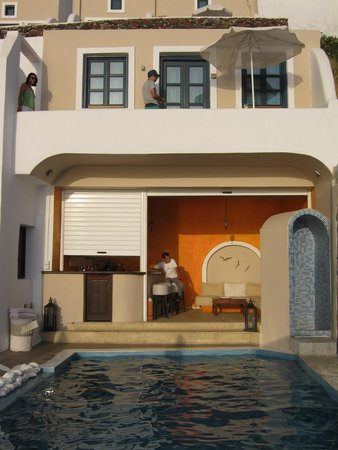 Afroessa Hotel: Poolside bar