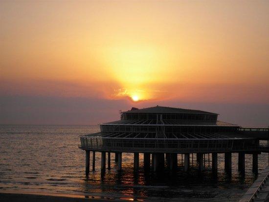 Pier and Promenade : Pôr do sol