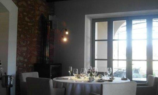 Andreu Genestra Restaurant: El Salón. Ambiente acogedor.