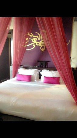 The Briza Beach Resort Samui : Sweet bed