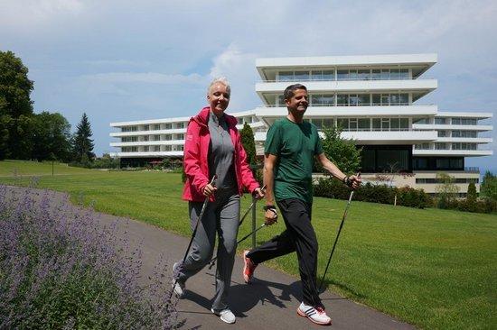 Oberwaid - Kurhotel & Privatklinik: Thomas Weber the Hotel General Manager doing Nordic Walking with instructor Nicole