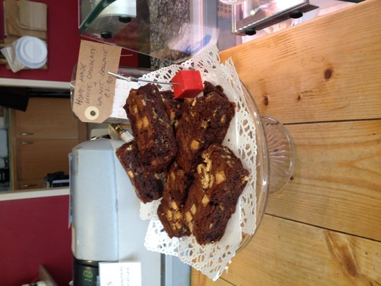 Redeli: Delicious brownies from www.havecake.co.uk