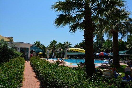 Rebin Beach Hotel: the big pool area