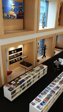 Bibliothèque centrale (Openbare Bibliotheek) : Nice design