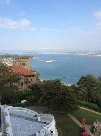 Hotel Real Santander: vue depuis la chambre de l'hôtel